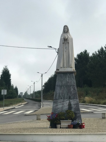 Lots of images, statues, and artwork along the Camino.