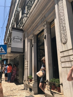 Manteigaria!! Couldn't get the photos to post in the correct order, but accidentally caught Diane coming out of THE pastel de Nata shop (had to circle back to get a photo). If you find yourself in Lisboa, this is THE place to go for this pastry!!