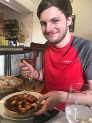 Frederik approved of the pulpo here too.
