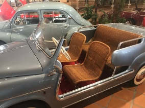 1959 Fiat. This could NOT have been comfortable to ride in. Wicker is barely comfortable when stationary on a front porch.